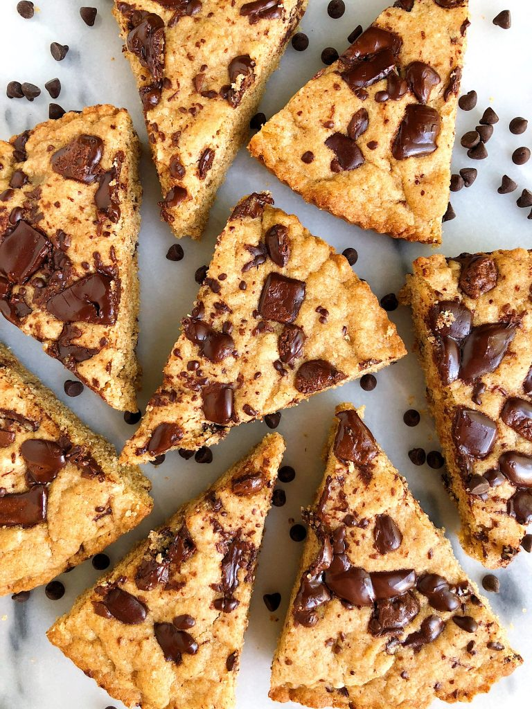 Doughy Chocolate Chip Cookie Pizza made with gluten-free and nut-free ingredients and with an extra boost from collagen peptides!