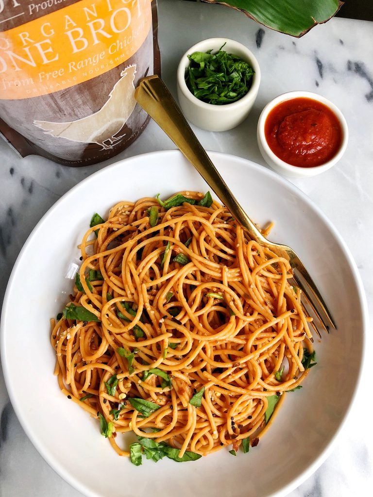 6-ingredient Creamy Tomato Basil Pasta made with all gluten-free, dairy-free ingredients for an easy and healthy pasta recipe!
