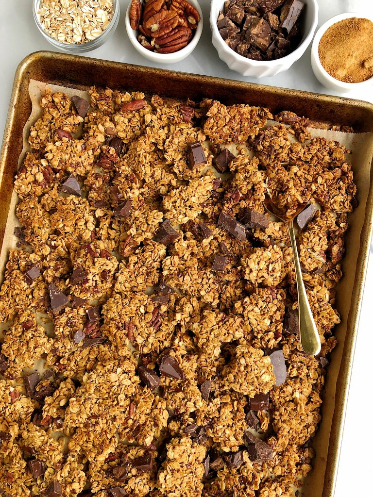 Healthy Dark Chocolate Granola with Clusters made with vegan and gluten-free ingredients for an easy and healthy homemade granola recipe!