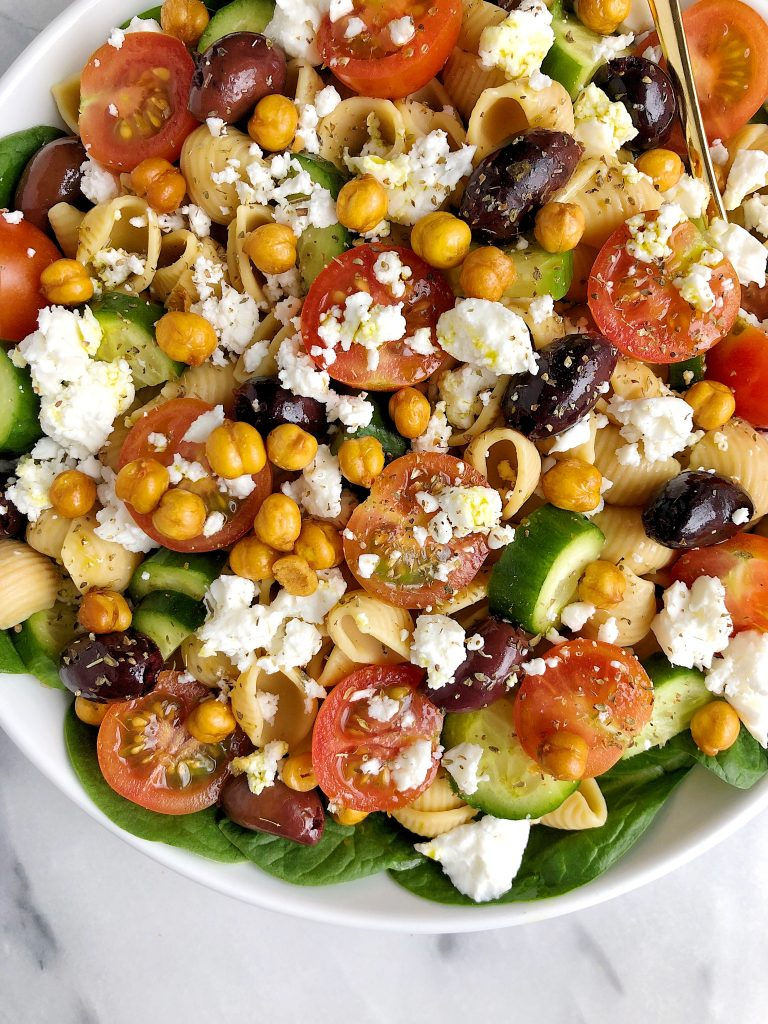 Healthy and Hearty Greek Veggie Pasta Salad made with simple gluten-free ingredients for an easy homemade veggie pasta salad!