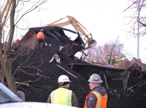 Coal derailment clean-up1