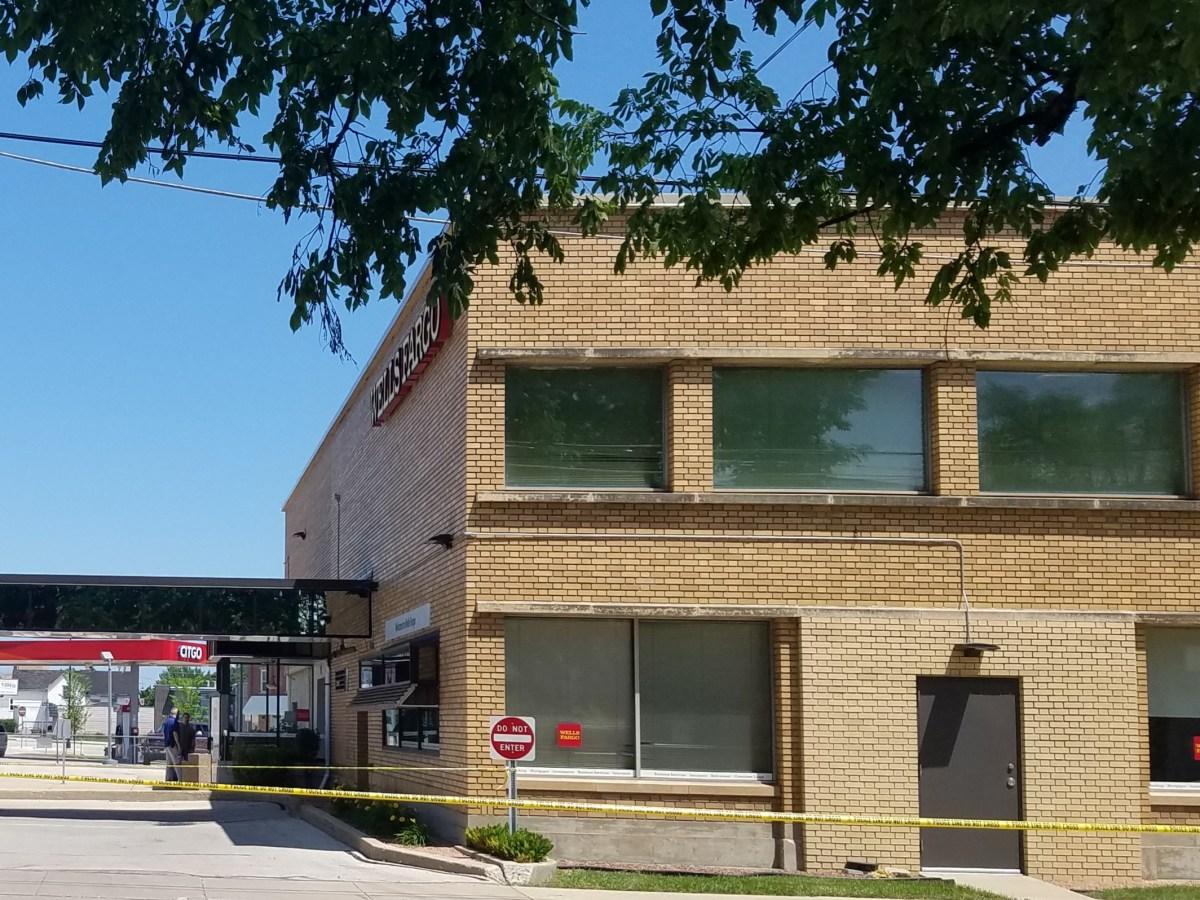 Wells Fargo, Racine, Wisconsin, Robbery, kidnapping