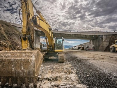 The Cost of Machine Downtime in Construction