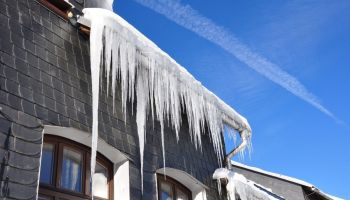 Most Common Dangers of Frozen Gutters