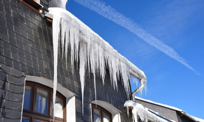 Most Common Dangers of Frozen Gutters