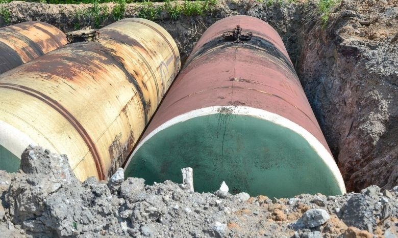 Signs There's an Underground Storage Tank on Your Property