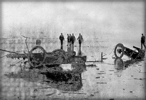"Demolished ""Rocket"" Stanley Steamer, 1907. Photo: Richard H. LeSesne."