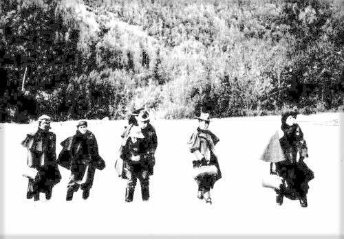 Actresses Travel To Klondike Gold Rush.