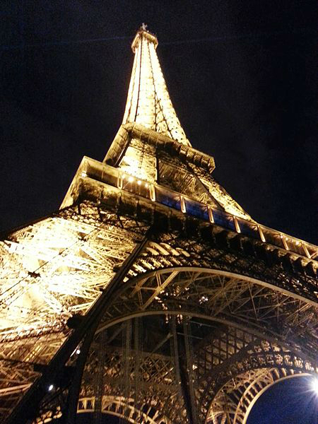 Eiffel Tower At Night. Photo: Mark.thurman92.