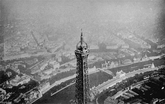 Santos-Dumont Above Eiffel Tower. Photo: My Airships by Alberto Santos-Dumont.