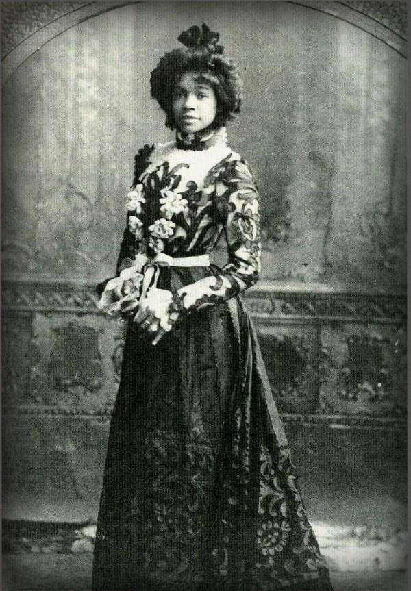 Aida Overton Walker. Photo New York Public Library.