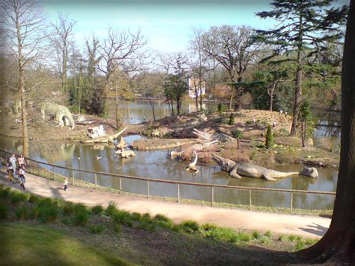 Crystal Palace Dinosaurs. Image: FunkMonk.