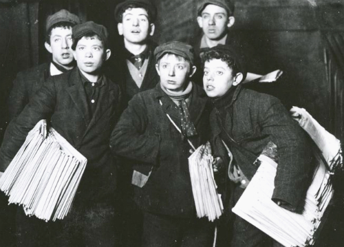 Nellie Bly Articles, Newsboys Under Brooklyn Bridge. Image: New York Public Library.