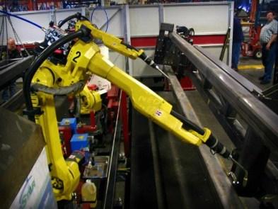 Axis Welding Robots. Image: Phasmatisnox.