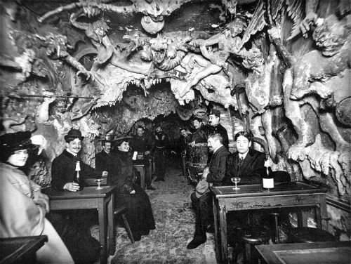 Cabaret Of Hell, Guests Drink At Tables, Paris. Image: Public Domain.