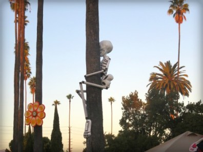 Catrina Skull: Los Angeles Hollywood Cemetery, Day of the Dead. Image: B. Rose.