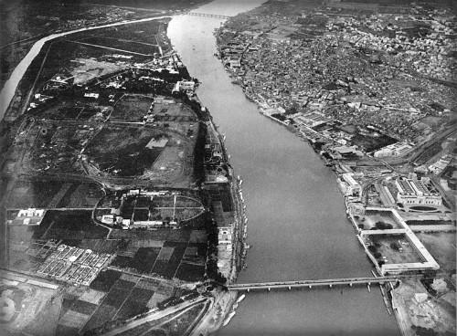 Eduard Spelterini-Nile River, Cairo, 1904. Image: Wikipedia.