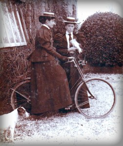 Victorian Bicycle Face. Image: OldBike.eu.