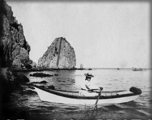 Boating Past Sugarloaf, Avalon, 1900. Image: Water And Power.org.