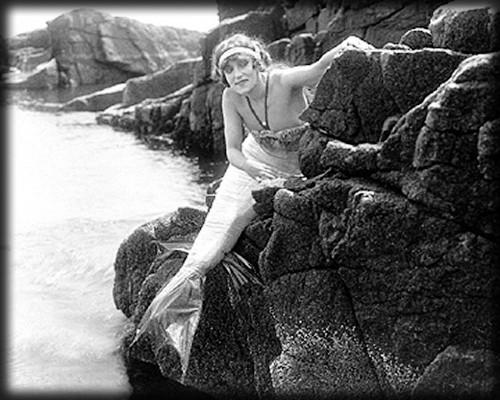 Annette Kellermann, 1918 Fox Film Queen of the Sea. Image: Wikipedia.
