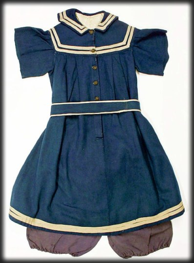 American Bathing Suit, c. 1876-80. Image: Metropolitan Museum of Art-Wikipedia.