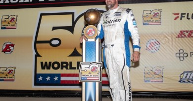 Superman Captures the 50th World 100