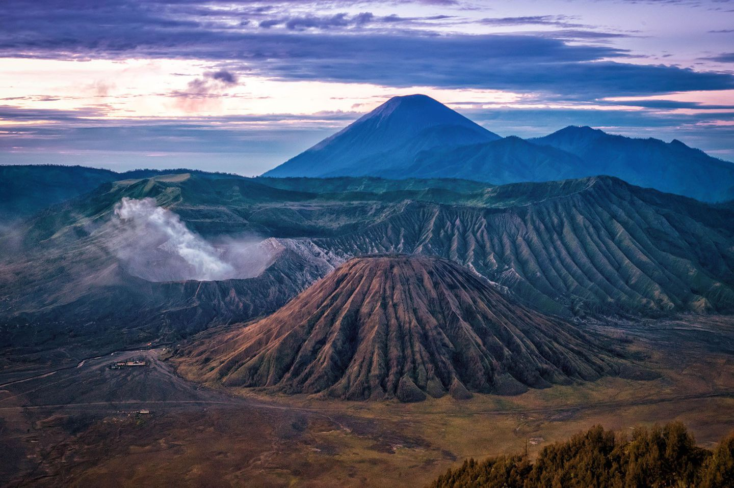 Indonesia%20mt%20bromo%20sunrise%20by%20rosie%20yound