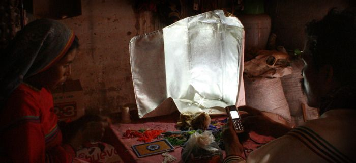 Portable-light-project-solar