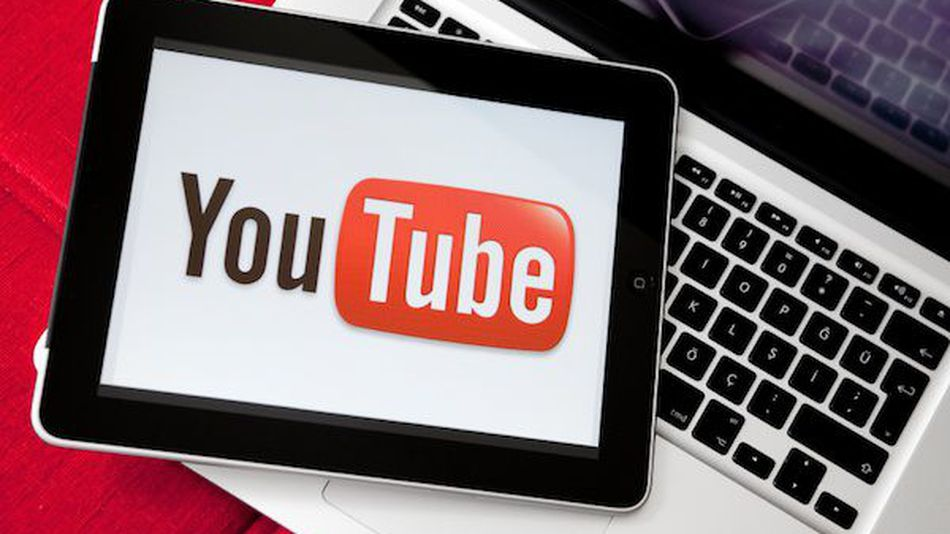 How-to-DOWNLOAD-VIDEOS-from-YOUTUBE-to-you-phone