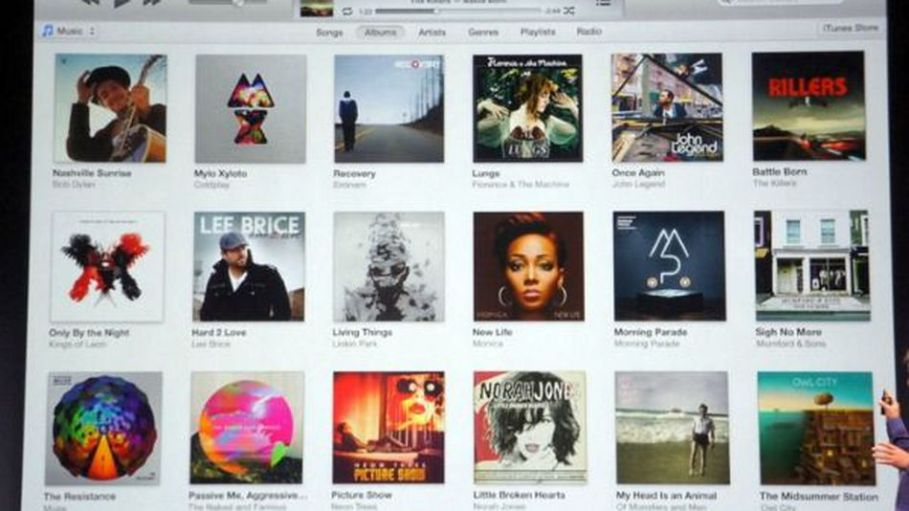 Apple-unveils-new-itunes-coming-in-october-ce60bad412