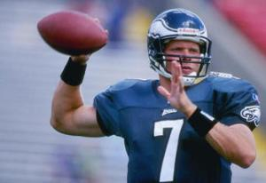 18 Aug 1996: Quarterback Bobby Hoying of the Philadelphia Eagles looks to pass the ball during a preseason game against the New England Patriots at Foxboro Stadium in Foxboro, Massachusetts. The Patriots won the game, 37-10. Mandatory Credit: Al Bello