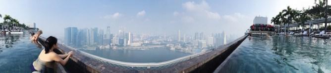 Probablement la plus belle vue de Singapour depuis la piscine du Marina Bay Sands