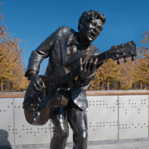 chuck-berry-statue-the-loop-st-louis