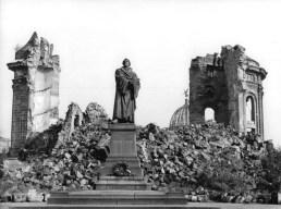 Catedral luterana de Dresden 1945