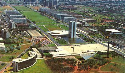 Praça dos três poderes em Brasília