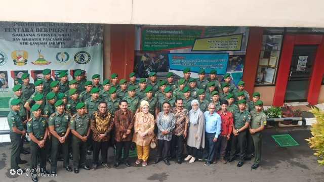 Kuliah Perdana Mahasiswa Baru Program Kerjasama STIE Ganesha dan Batalyon Infanteri 310 Kidang Kancana
