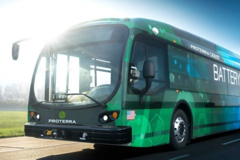 Segundo a Bloomberg New Energy Finance (BNEF) as vendas de veículos elétricos atingirão 11 milhões em 2025