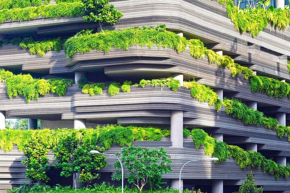 Futuro está ligado à redução dos impactos ambientais e à incorporação de elementos feitos a partir de materiais reciclados. Foto: Pixabay