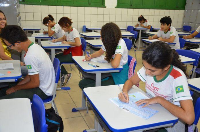 Tecnologia pode transformar realidades e já auxiliou a reduzir a evasão escolar no Piauí. Foto: Secretaria de Educação/PI
