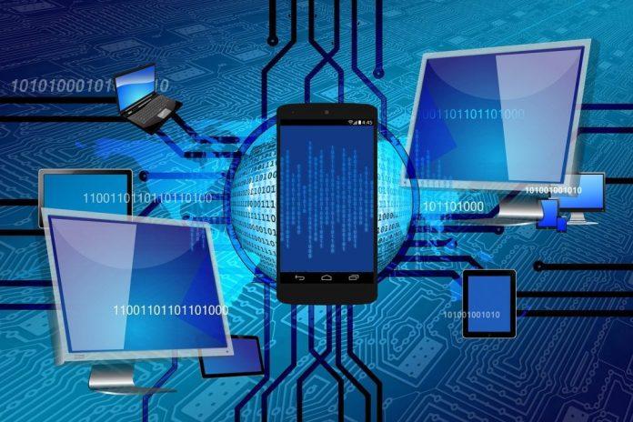 Segundo estudo da PWC, que ouviu 2 mil pessoas no Brasil, 45% dos profissionais temem que a tecnologia coloque em risco o mercado de trabalho como um todo.