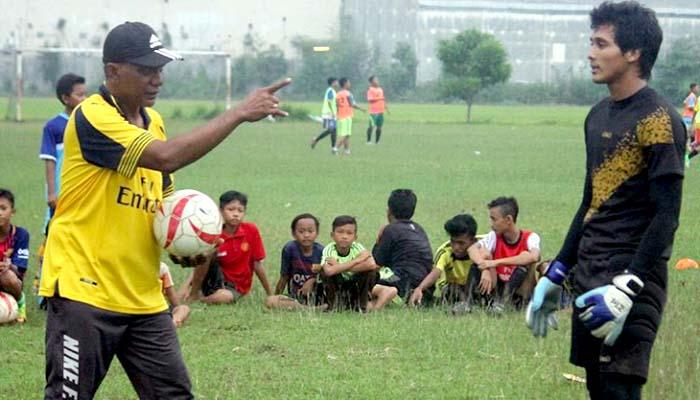 Menilik Cerita Sang Pelatih Antar Kiper Asal Pekalongan ke Timnas