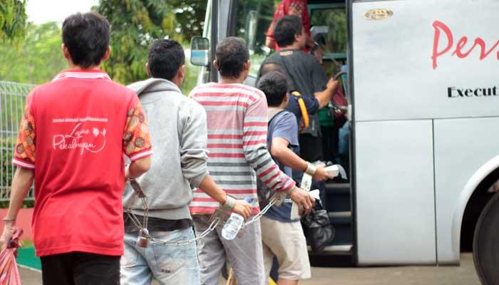61 Napi Titipan Lapas Pekalongan Dipindahkan ke Nusakambangan
