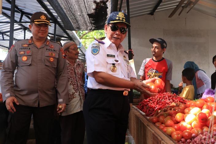 Keluhkan Lapak Liar di Luar Pasar, Pedagang Wadul Walkot