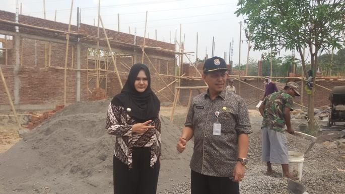 Pembangunan SD Lambat, KBM Siswa Terganggung