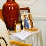 Foto inédita de Meghan e Harry é vista na sala da Rainha Elizabeth