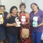 Curso de bonecas com material reciclável continua de vento em popa na Administração de Santa Maria