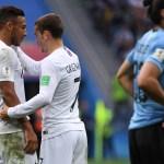 França domina, vence Uruguai e é a primeira semifinalista da Copa