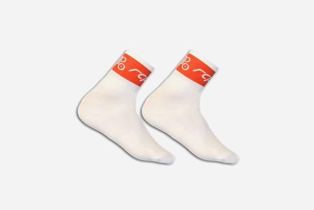 Abbildung der der Socken im Radclub-Design.
