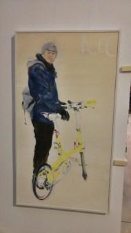 Georg Wagenhubers Portrait eines Radlers mit Faltrad