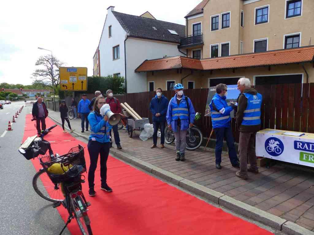 Roter Teppich Freising: Eröffnungsrede durch Emilia Kirner